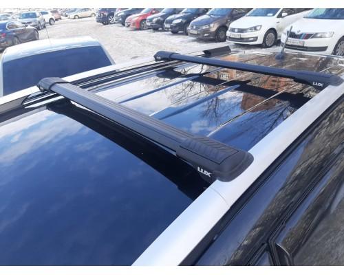 Багажник Lux Хантер L45-B черный на классические рейлинги