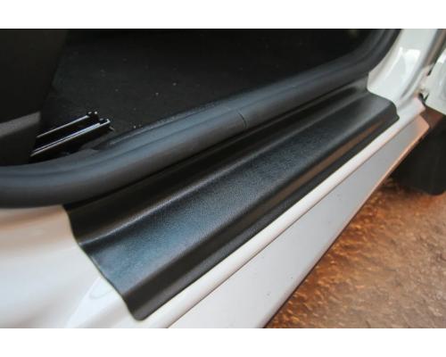 Накладки внутренних порогов (комплект 4 шт.) Yuago АртФорм для Renault Duster 2012- (в т.ч. рестайлинг)